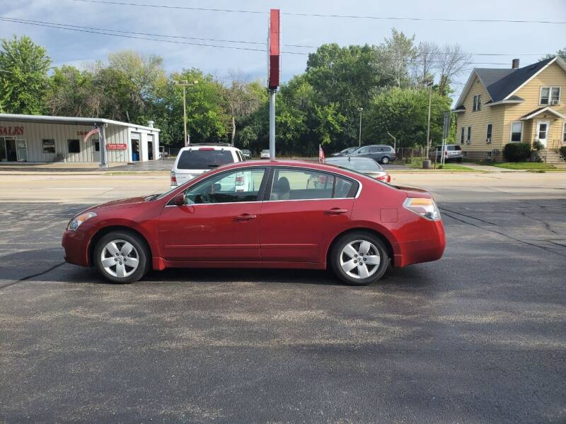 2007 Nissan Altima for sale at Deals on Wheels in Oshkosh WI