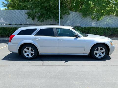 2005 Dodge Magnum for sale at BITTON'S AUTO SALES in Ogden UT