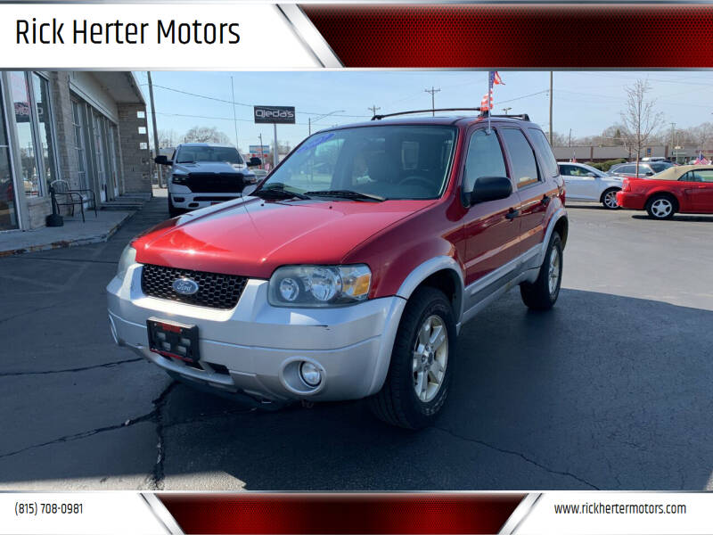 2007 Ford Escape for sale at Rick Herter Motors in Loves Park IL
