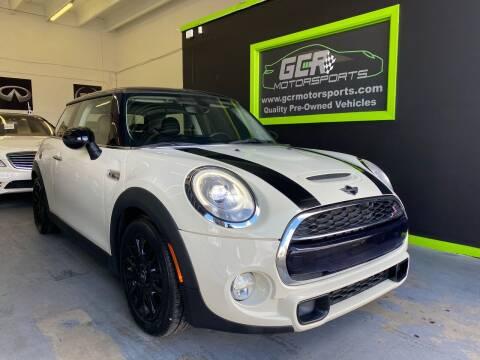 2015 MINI Hardtop 2 Door for sale at GCR MOTORSPORTS in Hollywood FL