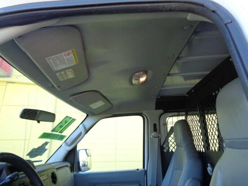 2013 Ford E-Series Cargo E-250 3dr Cargo Van - Houston TX