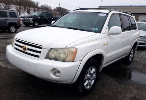 2003 Toyota Highlander for sale at Angelo's Auto Sales in Lowellville OH