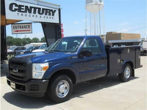 2012 Ford F-250 Super Duty for sale at CENTURY TRUCKS & VANS in Grand Prairie TX