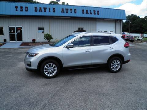 2017 Nissan Rogue for sale at Ted Davis Auto Sales in Riverton WV