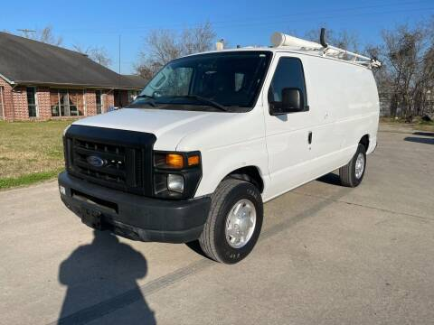 2010 Ford E-Series Cargo for sale at RODRIGUEZ MOTORS CO. in Houston TX