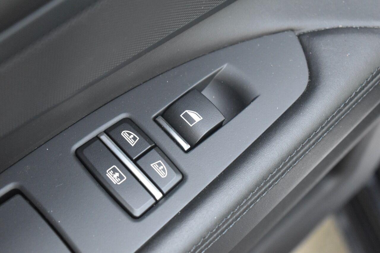 2012 BMW 7 Series 750i xDrive AWD 4dr Sedan full