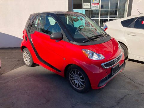 2013 Smart fortwo for sale at Trade In Auto Sales in Van Nuys CA