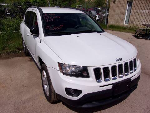 2016 Jeep Compass for sale at Barney's Used Cars in Sioux Falls SD