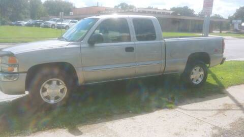 2004 GMC Sierra 1500 for sale at D & D Auto Sales in Topeka KS