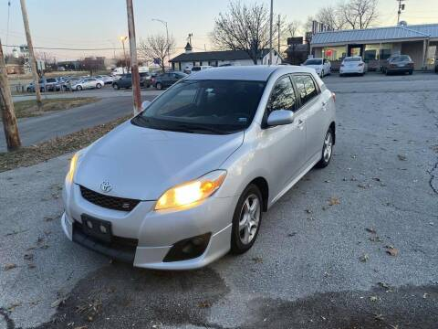 2009 Toyota Matrix for sale at Auto Hub in Grandview MO