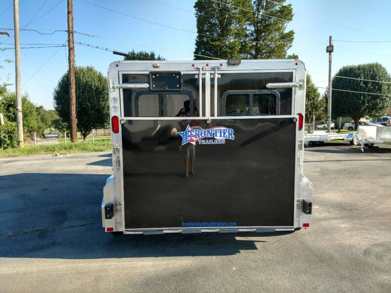 2019 Frontier 7 x 12 Low Pro 4 pen Show  - Maryville TN