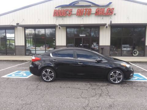 2015 Kia Forte for sale at DOUG'S AUTO SALES INC in Pleasant View TN