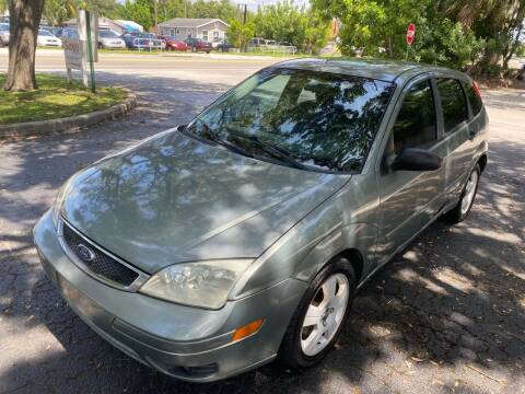 2005 Ford Focus for sale at Florida Prestige Collection in Saint Petersburg FL