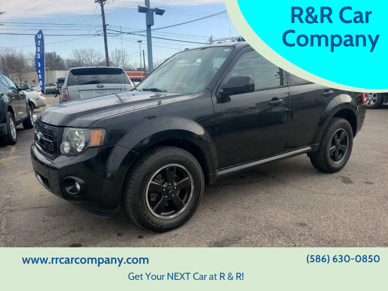 2009 Ford Escape for sale at R&R Car Company in Mount Clemens MI