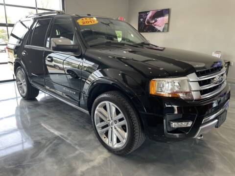 2017 Ford Expedition for sale at Crossroads Car & Truck in Milford OH