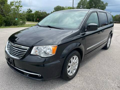2015 Chrysler Town and Country for sale at Central Motor Company in Austin TX