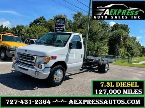 2000 Ford E-Series Chassis for sale at A EXPRESS AUTO SALES INC in Tarpon Springs FL