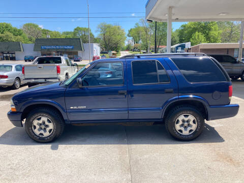 2004 Chevrolet Blazer for sale at GRC OF KC in Gladstone MO