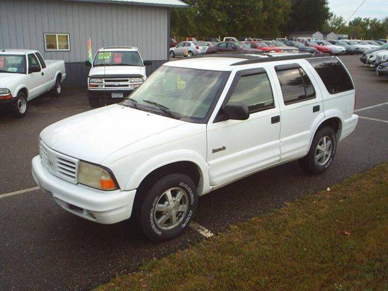 1998 Oldsmobile Bravada for sale at Dales Auto Sales in Hutchinson MN
