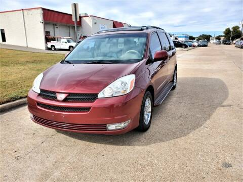 2004 Toyota Sienna for sale at Image Auto Sales in Dallas TX