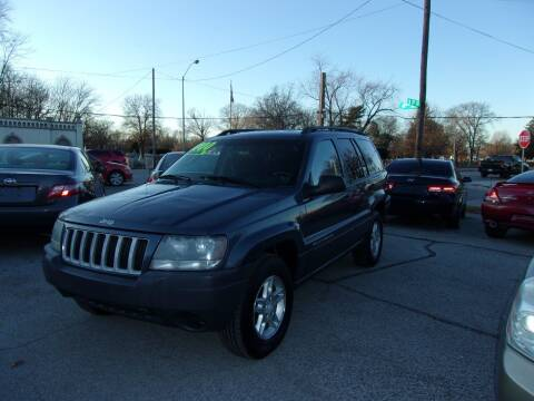 2004 Jeep Grand Cherokee for sale at Car Credit Auto Sales in Terre Haute IN