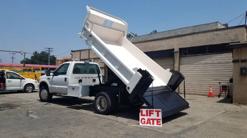 2001 Ford F-550 Super Duty for sale at Vehicle Center in Rosemead CA