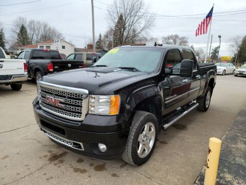 2014 GMC Sierra 2500HD for sale at Clare Auto Sales, Inc. in Clare MI