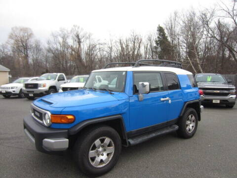 2007 Toyota FJ Cruiser for sale at Auto Choice of Middleton in Middleton MA