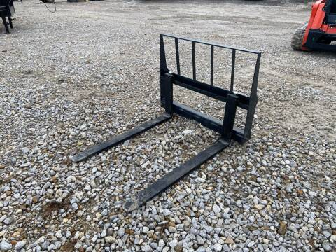 "2021 Stout 48"" Pallet Forks for sale at Ken's Auto Sales & Repairs in New Bloomfield MO"