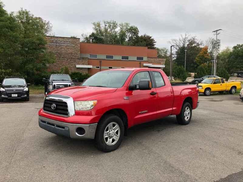 2008 Toyota Tundra for sale at DILLON LAKE MOTORS LLC in Zanesville OH
