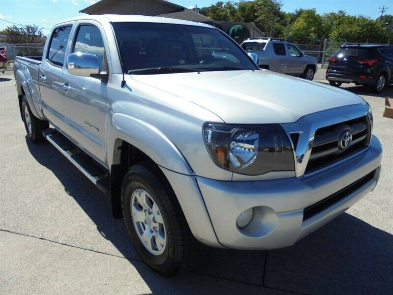 2010 Toyota Tacoma for sale at PIONEER AUTO SALES LLC in Cleveland TN