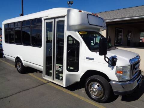 2005 Ford E-Series Chassis for sale at BBL Auto Sales in Yakima WA