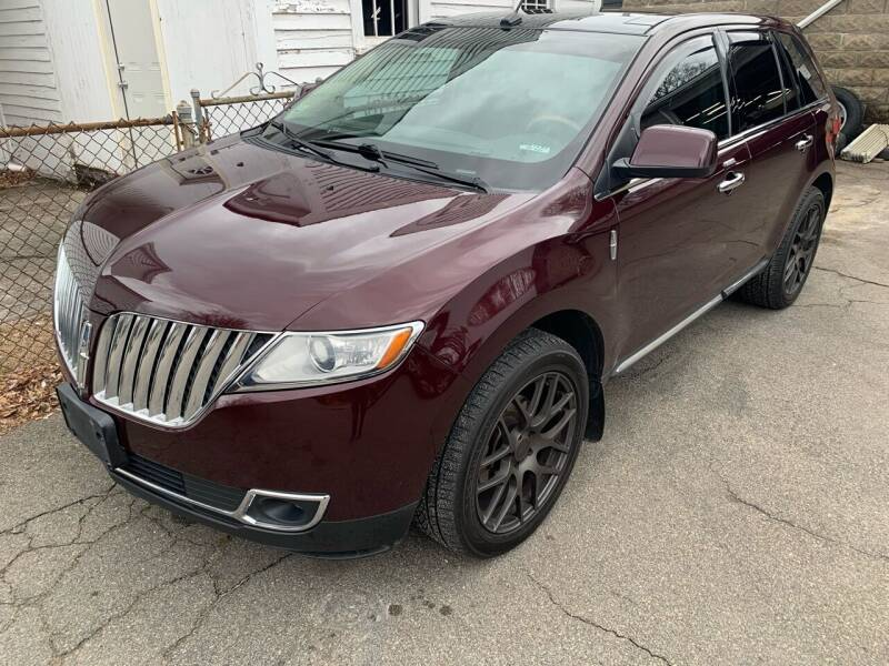 2011 Lincoln MKX for sale at The Car Store in Milford MA