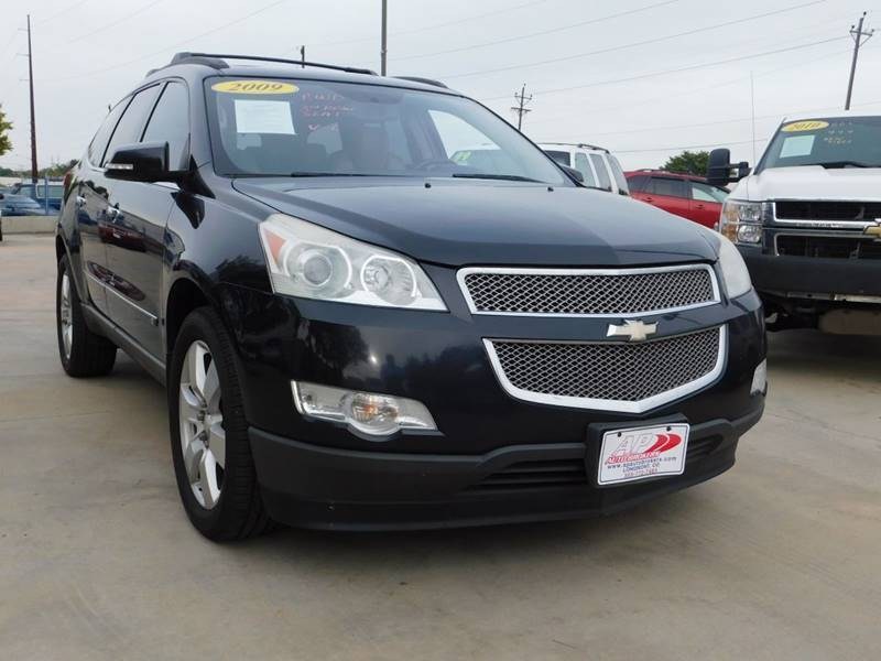 2009 Chevrolet Traverse for sale at AP Auto Brokers in Longmont CO