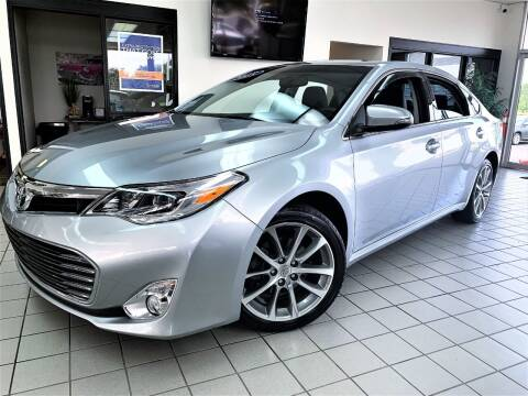2015 Toyota Avalon for sale at SAINT CHARLES MOTORCARS in Saint Charles IL