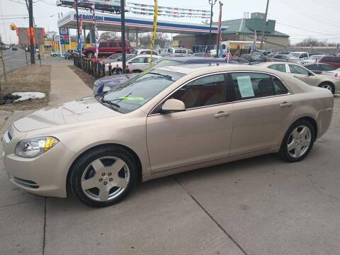2009 Chevrolet Malibu for sale at Carmen's Auto Sales in Hazel Park MI