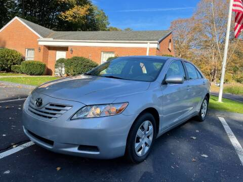 2007 Toyota Camry for sale at Volpe Preowned in North Branford CT
