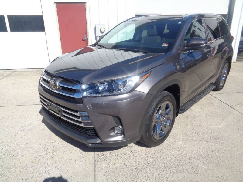 2018 Toyota Highlander for sale at Lewin Yount Auto Sales in Winchester VA