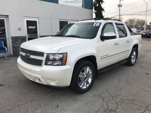 2010 Chevrolet Avalanche for sale at Atlantic AutoCenter in Cranston RI