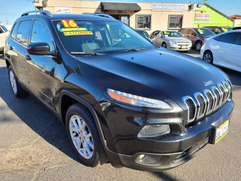 2016 Jeep Cherokee for sale at Super Cars Sales Inc #1 in Oakdale CA