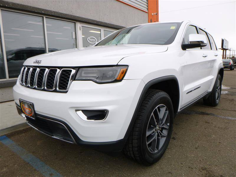 2018 Jeep Grand Cherokee for sale at Torgerson Auto Center in Bismarck ND