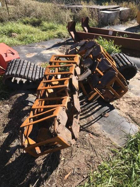 Metal  Tracks for sale at Buck's Toys & Tires in Isanti MN