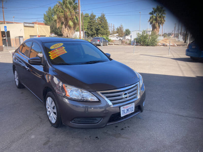 2015 Nissan Sentra for sale at Honest Auto Sales in Tracy CA