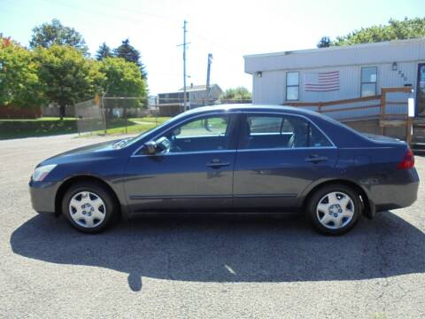 2006 Honda Accord for sale at B & G AUTO SALES in Uniontown PA