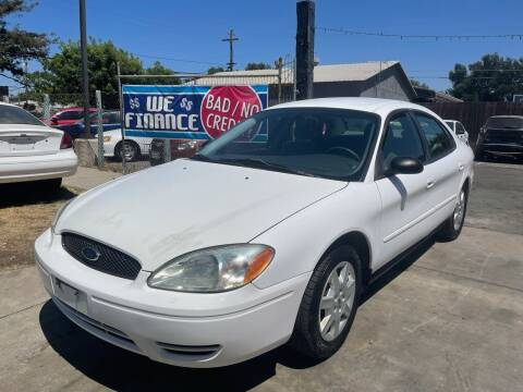 2006 Ford Taurus for sale at River City Auto Sales Inc in West Sacramento CA