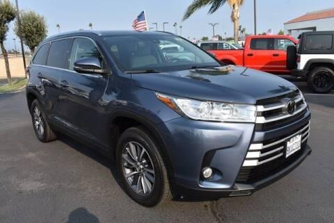 2019 Toyota Highlander for sale at DIAMOND VALLEY HONDA in Hemet CA