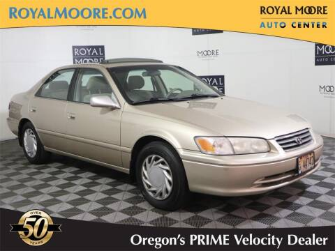 2000 Toyota Camry for sale at Royal Moore Custom Finance in Hillsboro OR