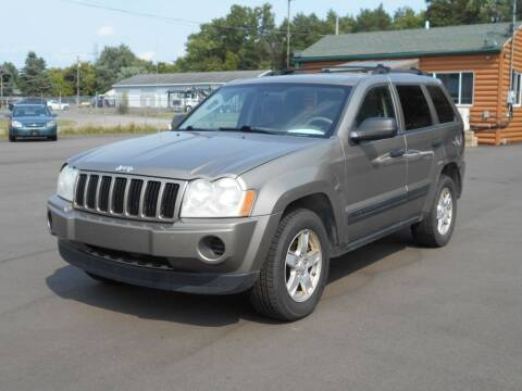 2006 Jeep Grand Cherokee for sale at MT MORRIS AUTO SALES INC in Mount Morris MI