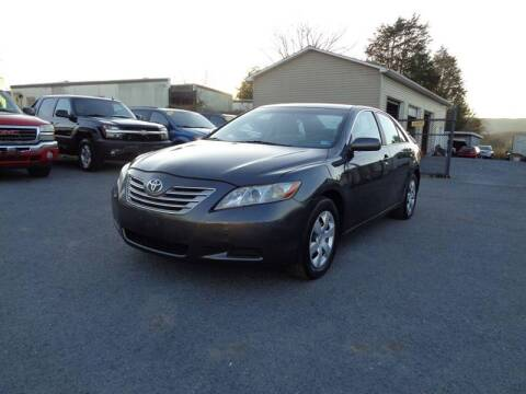 2009 Toyota Camry Hybrid for sale at Supermax Autos in Strasburg VA