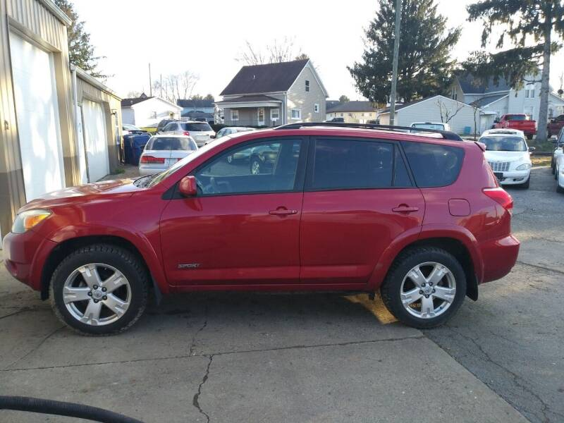 2006 Toyota RAV4 for sale at Jim's Hometown Auto Sales LLC in Byesville OH